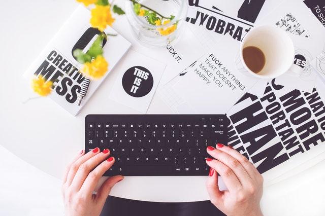 כתיבת תוכן לאתרים באנגלית